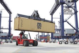 kalmar introduces new features for its gloria reachstackers at