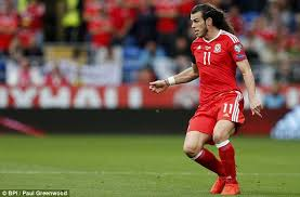 gareth bale hairstyle photos gareth bale shows off his lengthy locks as wales draw against