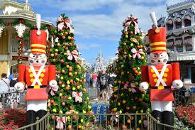 mousesteps christmas decorations arrive to magic kingdom 2014
