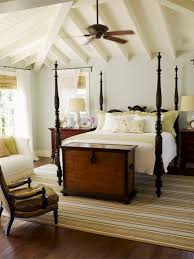 Colonial Interior Houzz - Colonial style interior design