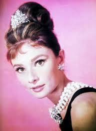 diamant sur canapé 1961 superbe hepburn dans le mythique diamants