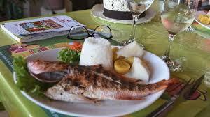 poisson cuisiné poisson grillé bien cuisiné photo de dubuc cafe tartane