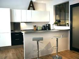 cuisine en bois bar cuisine design comptoir separation chaise bar cuisine design