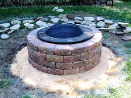 simple outdoor fireplace wells designs easy fire pit plans simple
