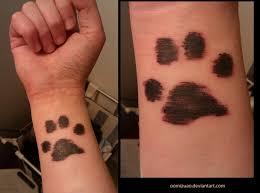 35 awesome wrist paw tattoos