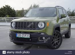jeep renegade orange 2017 jeep renegade stock photos u0026 jeep renegade stock images alamy