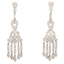 Costume Chandelier Earrings The 25 Best Gold Chandelier Earrings Ideas On Pinterest