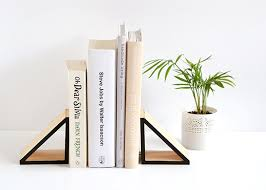 diy wood triangle bookends u2013 make and tell