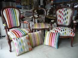 restaurer canap innovant fauteuil tapissier d coration cour arri re in restauration