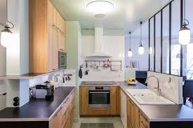 cuisine ouverte ilot cuisine ouverte sur le salon aménager sa cuisine avec un îlot ou