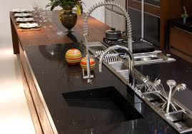 plan de travail cuisine noir pailleté plan de travail cuisine