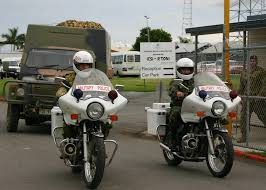 land rover australian file australian perentie land rover and mp motorcycles jpg
