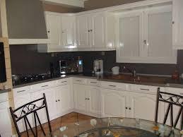 home staging cuisine chene cuisine repeindre des portes de cuisine en chene repeindre des