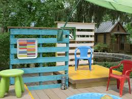 Patio Furniture Made Of Pallets by Build A Multilevel Deck For A Kiddie Pool How Tos Diy