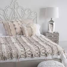 bedding throw pillows best bedroom throw pillows ideas new house design 2018