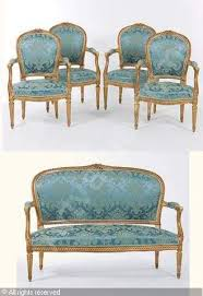 canape louis xvi salon un canapé et quatre fauteuils style louis xvi 5 sold by