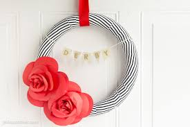 diy paper flower wreath tutorial a kentucky derby decoration idea