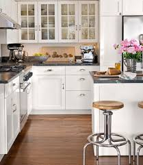 uba tuba granite with white cabinets ubatuba granite country kitchen country living