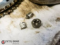 porsche cayenne and panamera camshaft adjuster bolts fifth gear