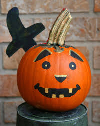 easy pumpkin carving ideas kids fun and easy painted pumpkins for halloween the mommy talks