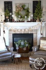 32 best christmas mantel decoration ideas and designs for 2017