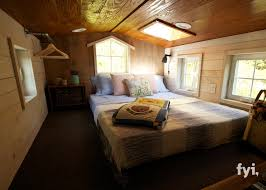 Fyi Network Tiny House Nation by Tiny House Town Barn Chic Tiny House 300 Sq Ft