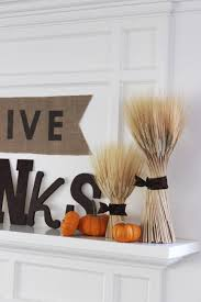 thanksgiving mantel can