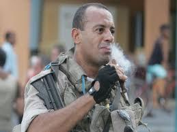 Policial preso na Operação Guilhotina iria vender dois fuzis por R ...