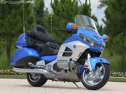 2012 honda gold wing comparison photos motorcycle usa