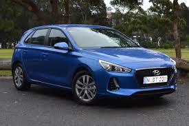 hyundai i30 active 2017 review carsguide