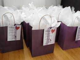 wedding hotel gift bags are hotel welcome bags a must married up