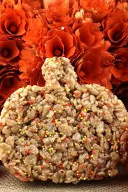 thanksgiving treat pumpkin spice rice krispie treats two sisters crafting