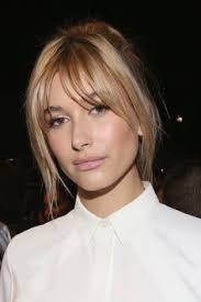 hi light fringe hairstyles how to 36 times hailey baldwin s hair makeup stole the show hailey