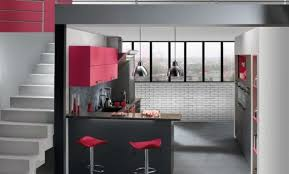 cuisine blanche mur aubergine cuisine blanche mur aubergine cuisine moderne couleur