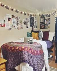 How To Decorate Your College Room How To Decorate Your Dorm Room On A Budget Dorm Room Dorm And