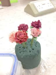 carnations flowers how to make icing flowers carnations recipe snapguide