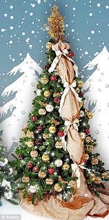 Swarovski Crystal Christmas Tree Decorations by Which Christmas Tree Cost 1 000 To Decorate And Which Just 10