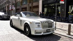 roll royce dubai rolls royce phantom party in tokyo pics and video motor1 com