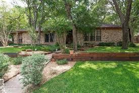 Backyard Fort Worth - 837 sylvan dr fort worth tx 76120 realtor com