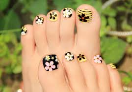 Toe And Nail Designs 40 Creative Toe Nail Designs And Ideas
