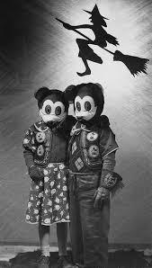 Minnie Mickey Halloween Costumes 1940s Mickey U0026 Minnie Halloween Decorating