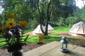 What Is A Walled Garden On The Internet by Walled Garden Glamping Tents For Rent In Tisbury England