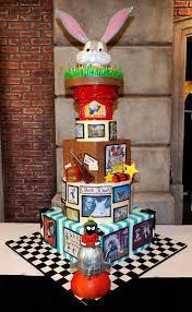 looney tunes 72 best looney tunes cakes images on pinterest cakes looney