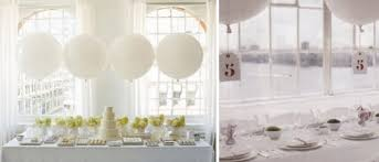 large white balloons beautiful white balloons are a chic way to decorate your wedding