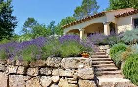 garten und terrasse im provence stil anlegen