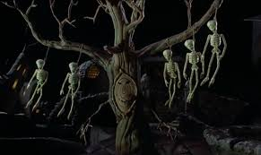 yoworld forums view topic the haunted hanging tree is
