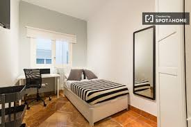 6 Bedroom Guide To Ie Business Student Accommodation Spotahome