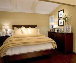 Small Bedroom Tips 63 Best Small Bedrooms Big Beds Images On Pinterest Home