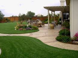Backyard Landscape Ideas On A Budget Best 25 Large Backyard Ideas On Pinterest Patio Design Fire