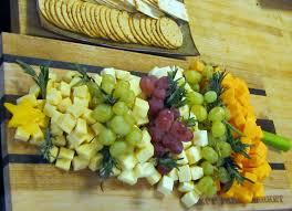 mennonite girls can cook christmas tree cheese platter